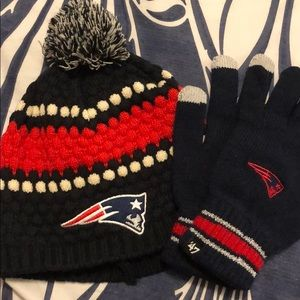NFL Patriots beanie and gloves